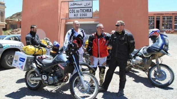 Dokument Moto(s)poušť aneb Moto cestou necestou